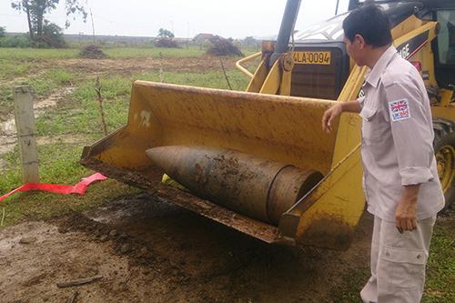 dan-phao-gan-900-kg-nguyen-kip-no-trong-vuon-nha-dan