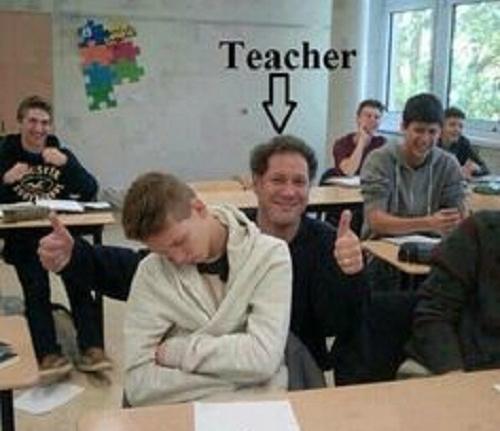 'May mắn' được giáo viên phát hiện.