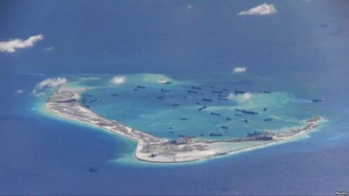Trung Quốc ngang nhiên cải tạo trái phép tại đá Vành Khăn, thuộc quần đảo Trường Sa của Việt Nam. Ảnh: Reuters