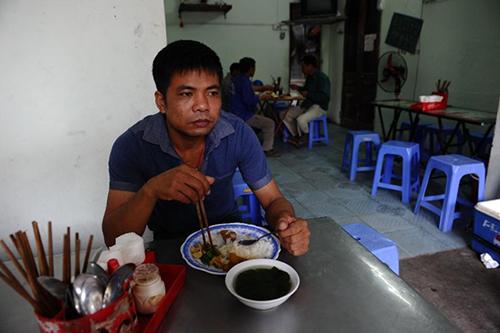 thanh-thi-viet-nam-dat-chat-nguoi-dong-tren-bao-phap-1