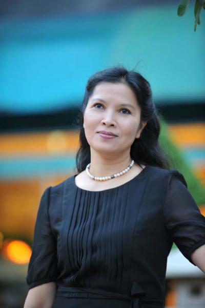 Phó giáo sư, tiến sĩ, bác sĩ Lê Anh Thư, chuyên khoa Nội Cơ xương khớp.