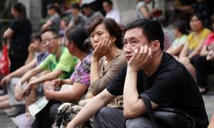 Nhà giàu Trung Quốc giúp con trốn áp lực trường công