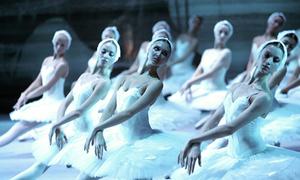 Sự thật tàn nhẫn trong vũ đoàn ballet Nga huyền thoại