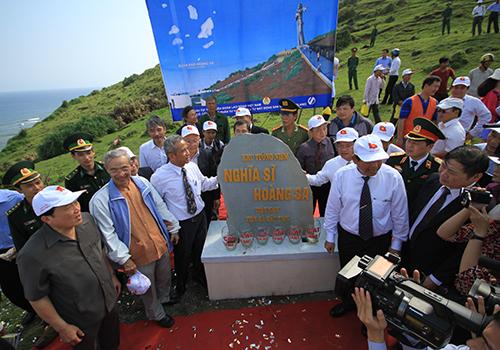 70-ty-dong-xay-khu-tuong-niem-nghia-si-hoang-sa-tren-dao-ly-son