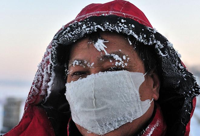 Người Trung Quốc co ro trong giá lạnh gần âm 48 độ C