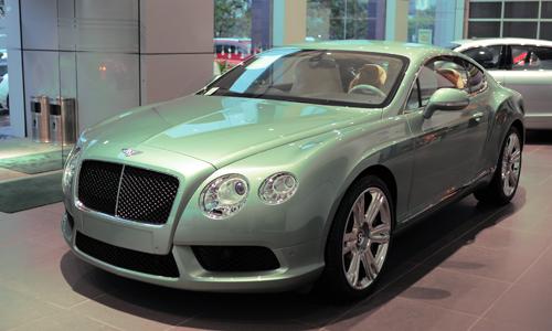 Bentley Continental GT V8 mầu độc tại Hà Nội. Ảnh: Lương Dũng.