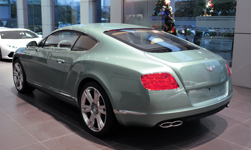 chi-tiet-bentley-continental-gt-v8-mau-doc-tai-ha-noi-2