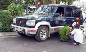 Giám đốc bị đâm gục trong ôtô sau tiệc tất niên