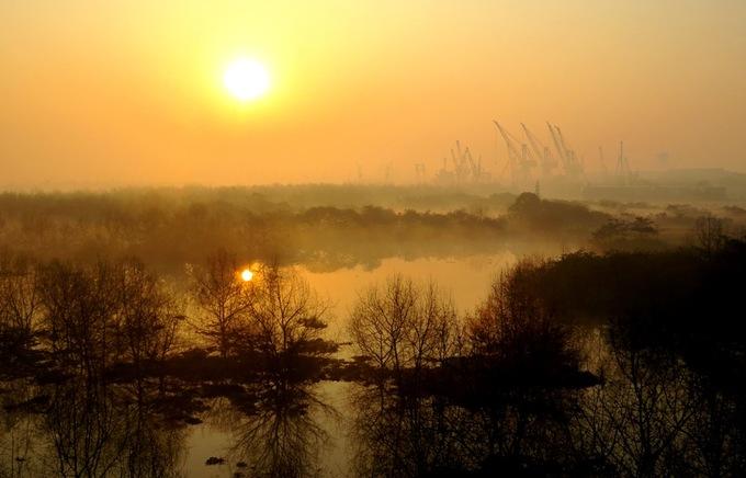 Hải Phòng huyền ảo trong sương sớm