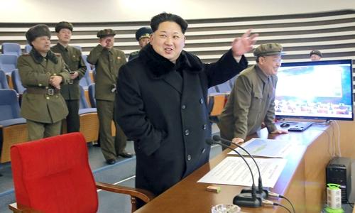 kim-jong-un-keu-goi-phong-them-ve-tinh-len-quy-dao