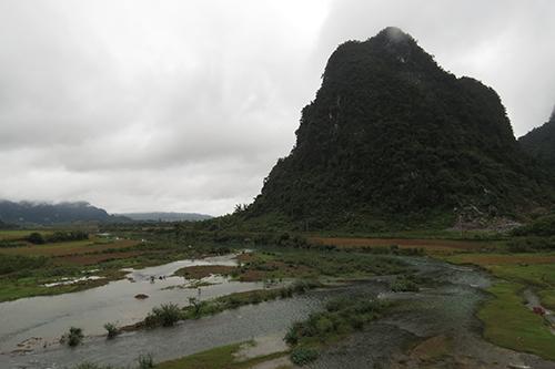 hang-tram-nguoi-cua-doan-phim-kong-skull-island-den-phong-nha-1