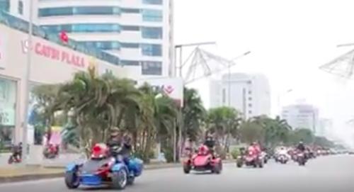 dan-sieu-xe-moto-khung-di-an-hoi-gay-nao-dong-o-hai-phong