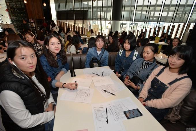 Mỹ nữ Trung Quốc cạnh tranh vé hẹn hò đại gia ở Dubai