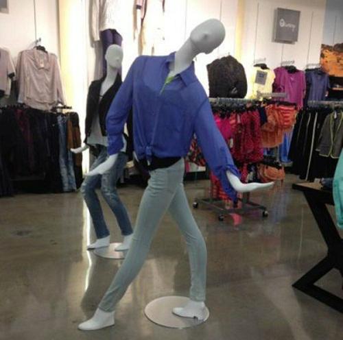 Ma nơ canh phiên bản vũ công.