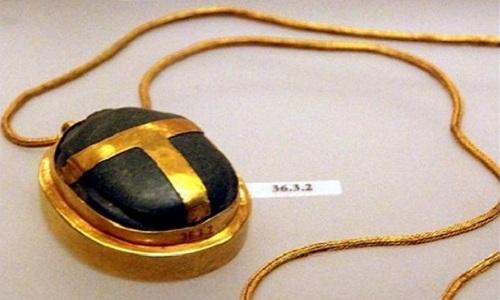 bi-n-quanh-trai-tim-that-lac-cua-pharaoh-tutankhamun-3