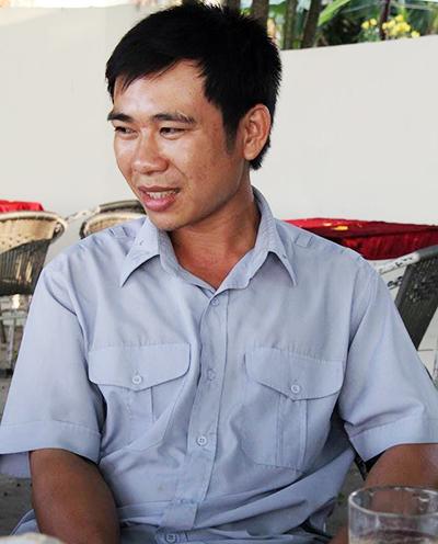3-nhan-vien-ngan-doan-tau-lao-xuong-song-khi-cau-ghenh-sap-1