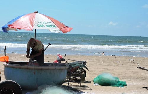 lien-tiep-co-nguoi-chet-duoi-vung-tau-lap-hang-tram-bien-canh-bao