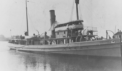 Tàu USS Conestoga ở San Diego, California, đầu năm 1921. Ảnh: Reuters.