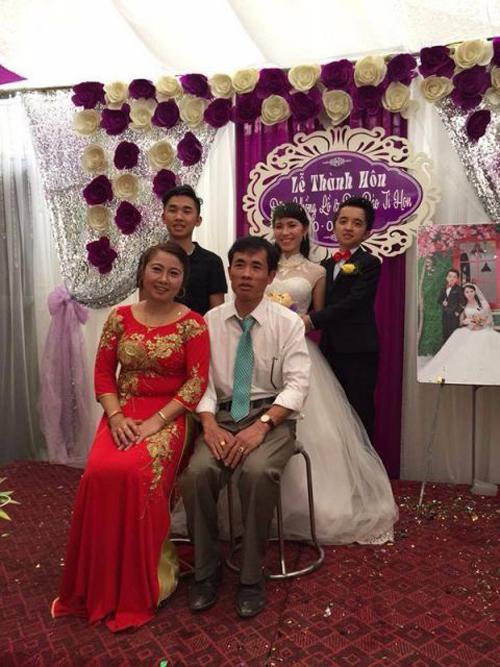 dam-cuoi-khong-lo-ti-hon-gay-sot-cong-dong-1