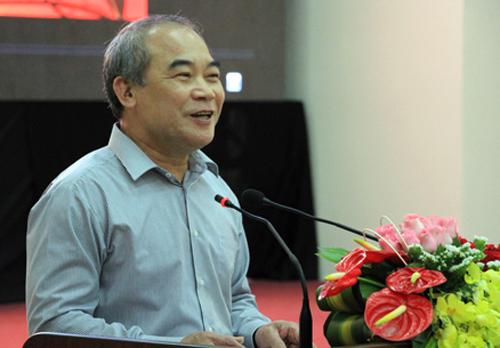Thứ trưởng Nguyễn Vinh Hiển phát biểu tại hội thảo. Ảnh: Mạnh Tùng