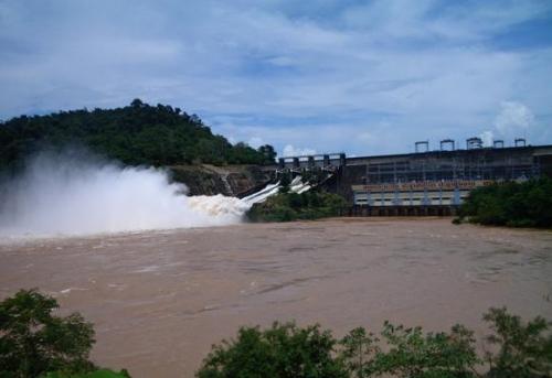 Một đập nước của Lào trên sông Mekong. Ảnh: