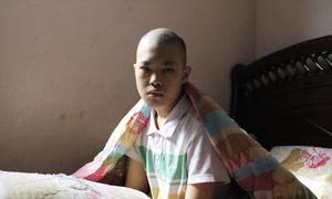 Ước mơ đến trường của cậu học trò ung thư xương