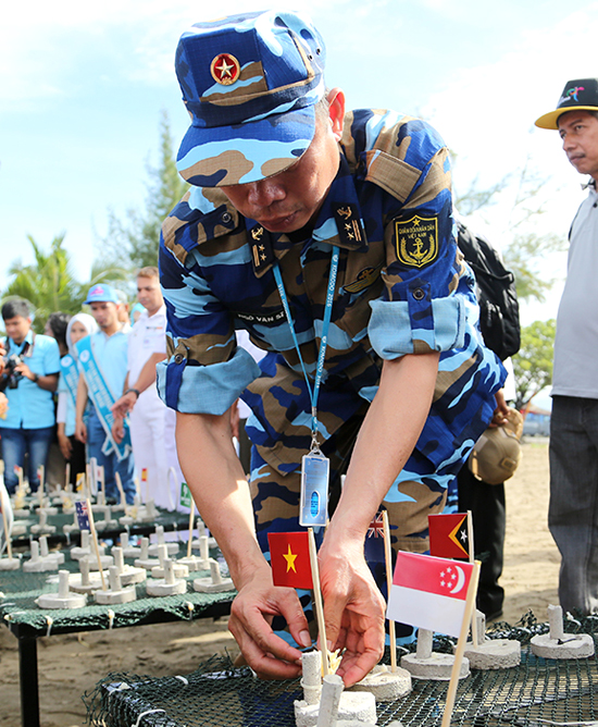 Vietnam joins Komodo multilateral naval exercise