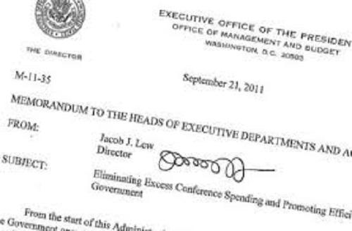 Chữ ký của bộ trưởng tài chính Mỹ.