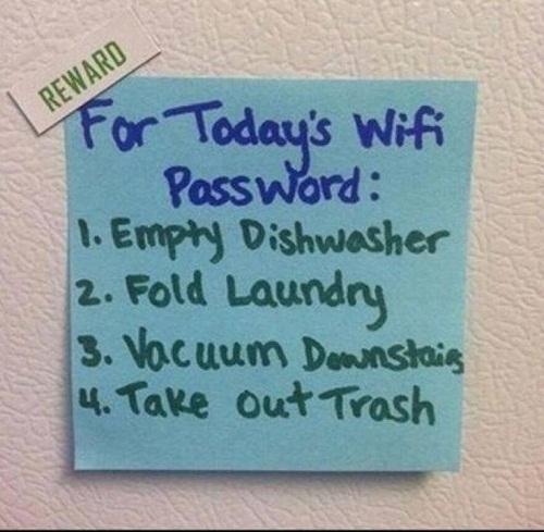 Muốn kết nối Internetchỉ còn cách làm hết việc nhà (rửa bát, gấp quần áo, hút bụi, đổ rác).