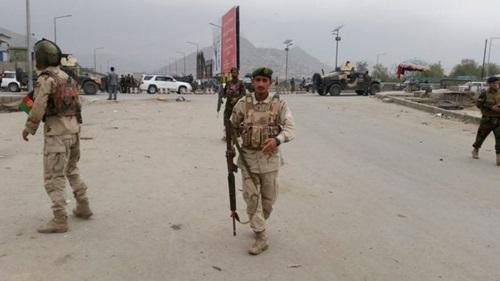 danh-bom-tu-sat-o-thu-do-afghanistan-28-nguoi-chet