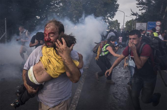 Loạt ảnh về khủng hoảng di cư châu Âu đạt giải Pulitzer