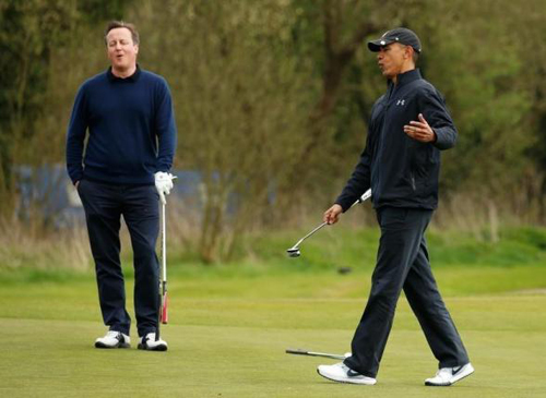 obama-do-tai-voi-cameron-tren-san-golf