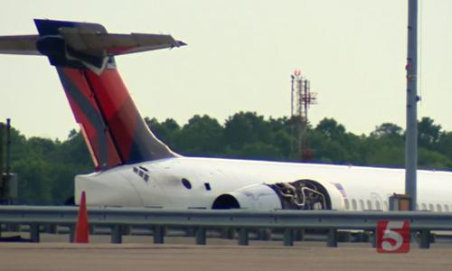 Máy bay của hãng Delta Airlines hạ cánh tạisân bay quốc tế Nashville, bangTennessee. Ảnh: