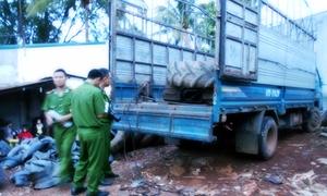 Thanh niên bị điện giật tử vong khi sửa ôtô