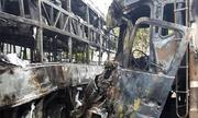 Hiện trường tai nạn khiến 12 người thiệt mạng