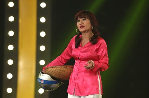 thí sinh Lê Thị Dần trong chương trình Đấu trường tiếu lâm.