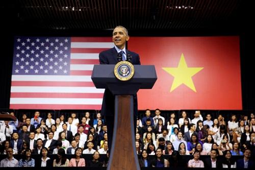 Tổng thống Mỹ Obama phát biểu sáng nay trước các thủ lĩnh trẻ YSEALI. Ảnh: Reuters