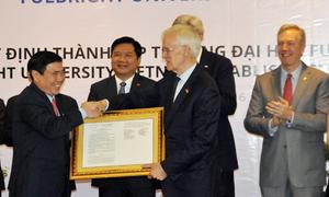 Ông Đinh La Thăng hứa tạo điều kiện tốt nhất cho Đại học Fulbright