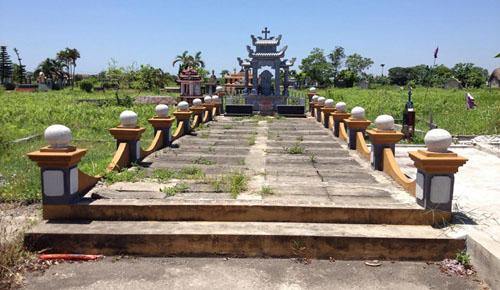 lao-nong-tinh-nguyen-nhat-ca-nghin-xac-thai-nhi-ve-chon-cat-2