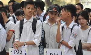 Hơn 75.000 học sinh Hà Nội làm thủ tục thi vào lớp 10