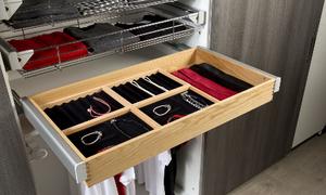 4 mẹo sắp xếp tủ quần áo thông minh
