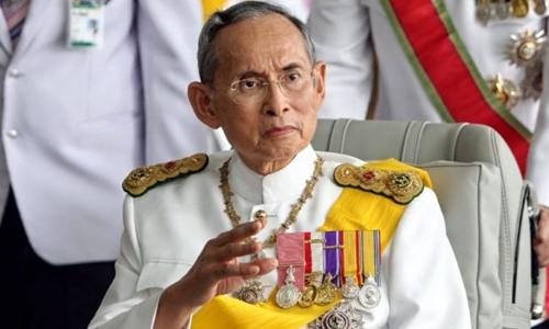 Nhà vua Thái Lan Bhumibol Adulyadej được coi là người trị vì lâu nhất thế giới. Ảnh: Reuters