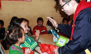 Một tháng tình nguyện vùng cao của nam sinh Hà Nội