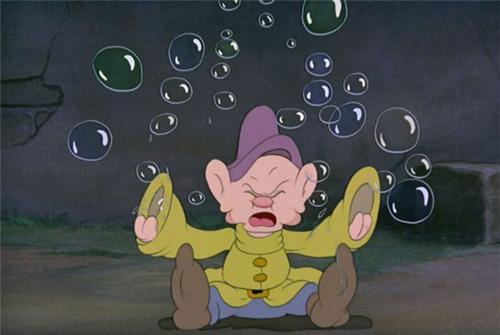 Chú chuột Mickey đang ẩn nấp ở đâu - chuột mickey
