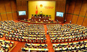 Quốc hội biểu quyết hoãn thi hành luật hình sự mới vì 90 lỗi kỹ thuật
