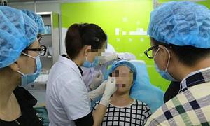 Nữ sinh Trung Quốc đổ xô phẫu thuật thẩm mỹ sau kỳ thi đại học