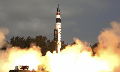 Ấn Độ được coi là một trong những quốc gia mạnh về công nghệ tên lửa. Ảnh minh họa: Guardian.