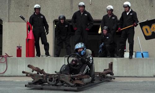 Tay đua F1 ngán ngấm với đội ngũ kĩ thuật - Tay đua F1