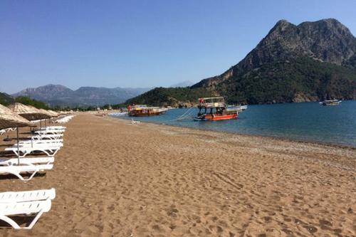 Ngành du lịch củaThổ Nhĩ Kỳ chịu thiệt hại lớn do lệnh cấm vận của Nga. Ảnh: AP