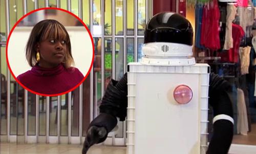 Nhiều người bất ngờ với cách tỏ tình của chàng robot - robot tỏ tình, nhiều người bất ngờ